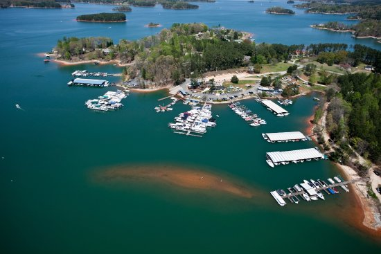 Lake Keowee Marina South Carolina